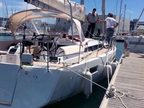 Sailboat Jeanneau Sun Odyssey 440 · 2018