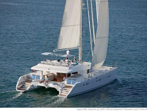 Catamaran Lagoon 620 · 2020
