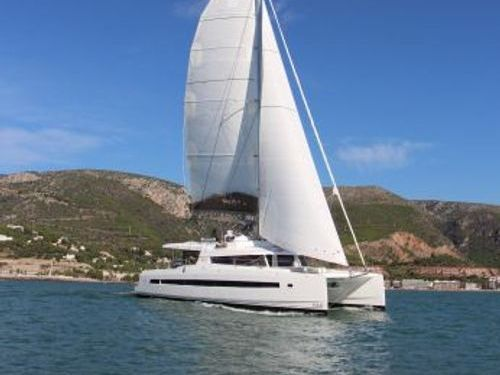 Catamaran Bali 5.4 Luxe · 2020