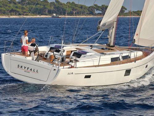 Sailboat Hanse 455 · 2016