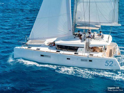 Catamarano Lagoon 520 · 2016