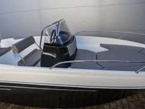 Imbarcazione a motore Prince 570 Open · 2019