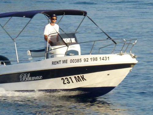 Imbarcazione a motore Blumax 550 Open (2010)