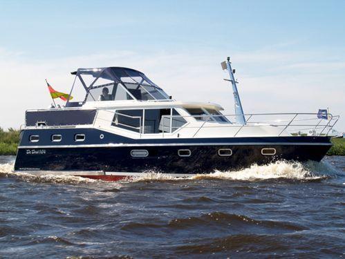 Houseboat Renal 36 · 2011
