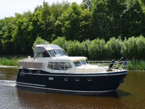 Houseboat Advantage 42 6 · 2006