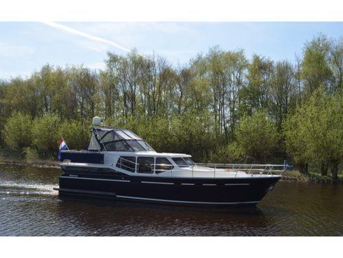 Houseboat Vacance 1200 · 2001