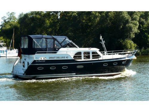 Houseboat Deluxe 42 · 2010