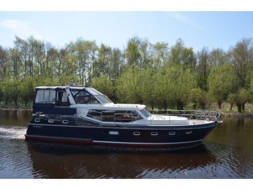 Houseboat Renal 45 · 2000