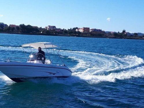 Speedboat Ranieri Voyager 19 · 2010