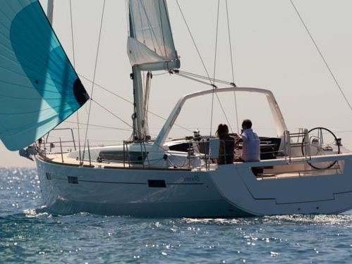 Barca a vela Beneteau Oceanis 45 · 2014