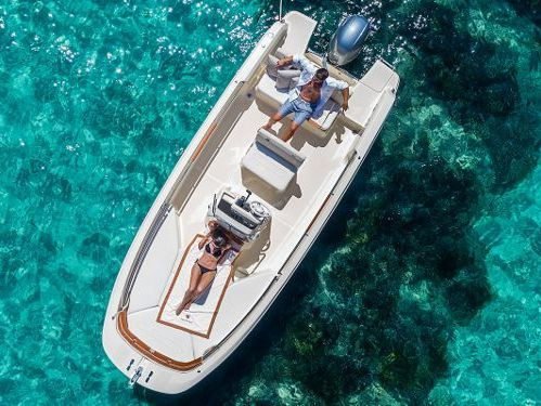 Speedboat Invictus 190 FX · 2018