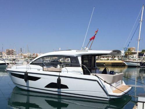Imbarcazione a motore Sealine C330 (2016)