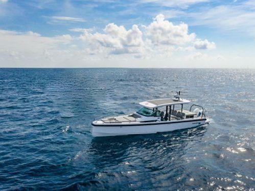 Motorboat Axopar 37 ST · 2019