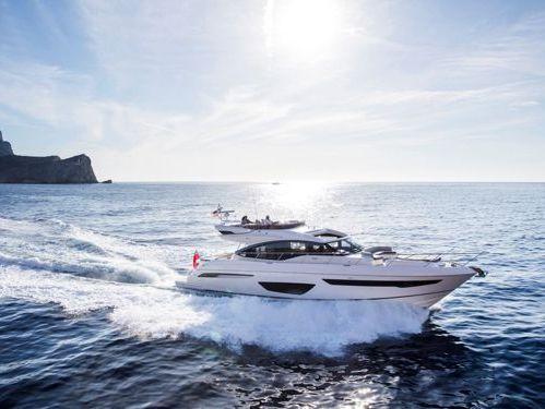 Motorboot Princess S65 · 2017