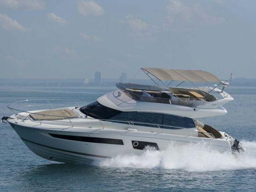 Motorboat Jeanneau Prestige 500 · 2015