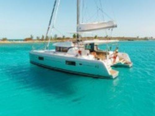 Catamaran Lagoon 42 · 2020