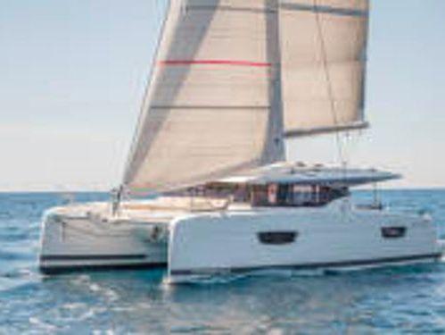 Catamaran Fountaine Pajot Astrea 42 · 2019