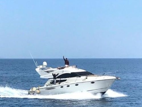 Motorboot Fairline Phantom 43 · 2006