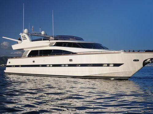 Motorboat Elegance 82 · 2004