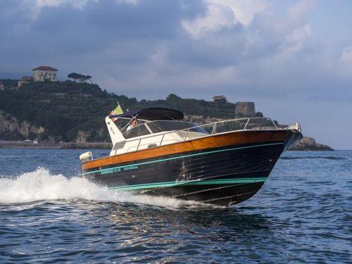 Imbarcazione a motore Acquamarina 8.50 Semi-Cabin (2015)