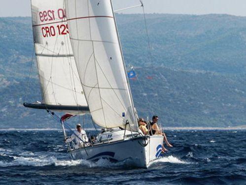 Barca a vela Custom Built (2011)
