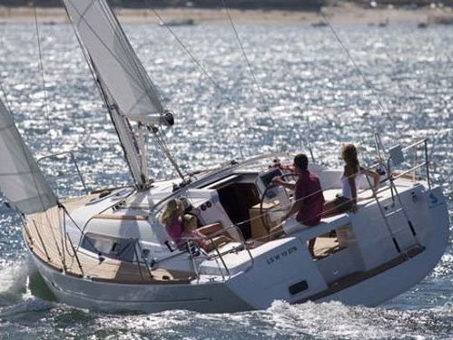 Segelboot Beneteau Oceanis 37 (2012)