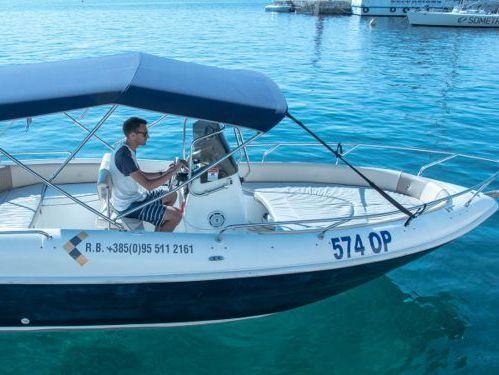 Imbarcazione a motore Fisherman  (2007)