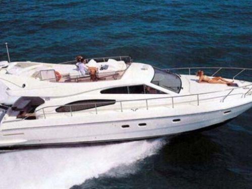 Imbarcazione a motore Ferretti 48 · 2004
