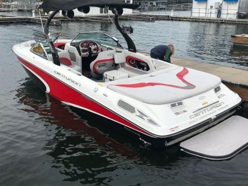 Sportboot Centurion Enzo SV240 · 2009