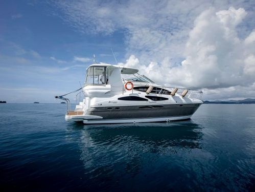 Motorboat Cruisers 415 Express · 2009