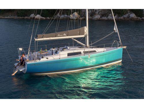 Sailboat Hanse 315 · 2015