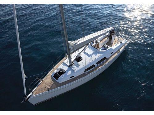 Sailboat Hanse 375 · 2011