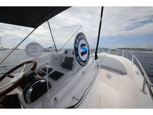Imbarcazione a motore White Shark 285 · 2004