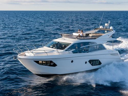 Motorboot Absolute 52 Fly · 2016