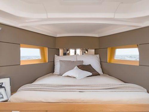 Sailboat Beneteau Oceanis 38.1 · 2019
