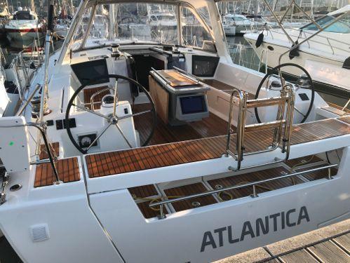 Zeilboot Beneteau Oceanis 45 (2018)