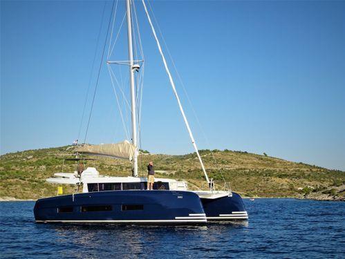 Catamarano Dufour 48 (2019)