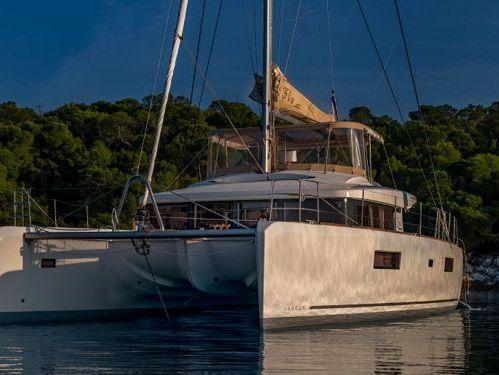Catamarán Lagoon 52 · 2018