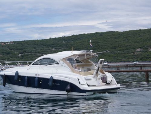 Imbarcazione a motore Beneteau Monte Carlo 37 (2010)