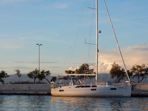 Barca a vela Beneteau Oceanis 41.1 · 2017