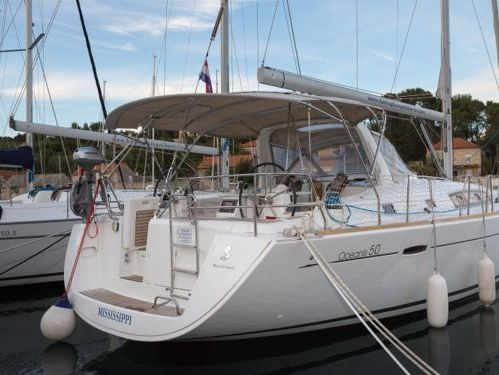 Sailboat Beneteau Oceanis 50 · 2012