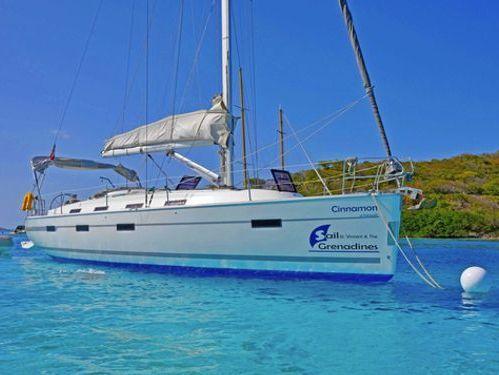Sailboat Bavaria Cruiser 40 · 2012