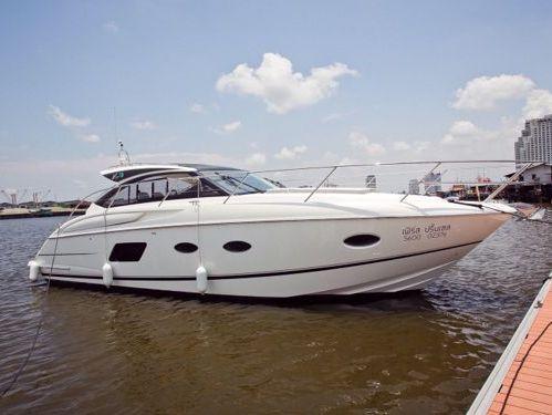 Motorboat Princess V39 · 2015