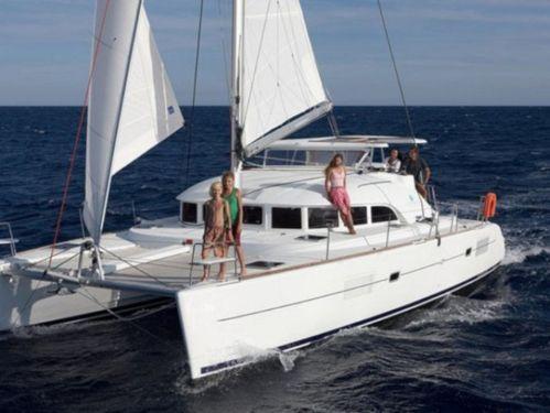 Catamaran Lagoon 380 · 2011