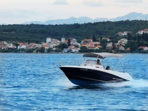 Motoscafo Jeanneau Cap Camarat 6.5 WA · 2019