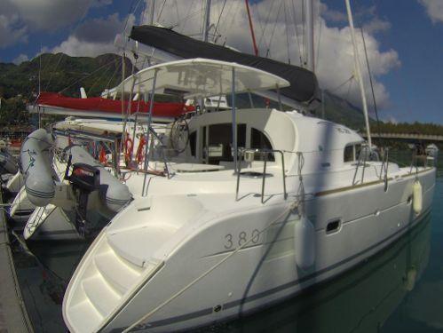 Catamarano Lagoon 380 S2 (2016)