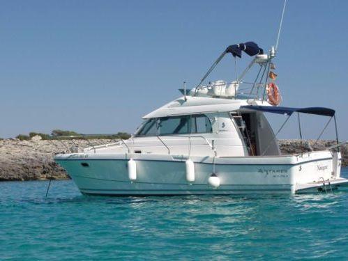 Motorboat Beneteau Antares 10.80 · 2006
