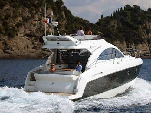 Motorboot Beneteau Gran Turismo 49 (2016)
