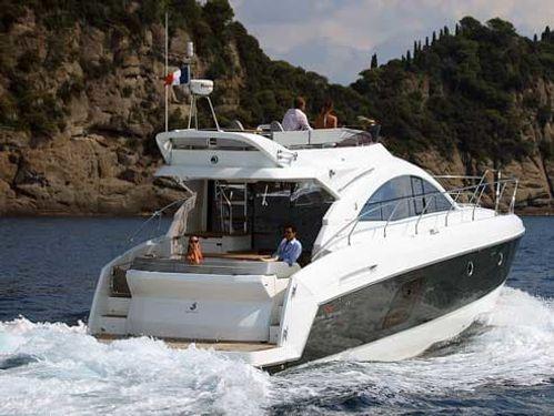 Motorboot Beneteau Gran Turismo 49 · 2016