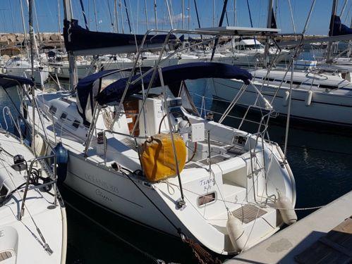 Barca a vela Beneteau Oceanis 323 · 2006